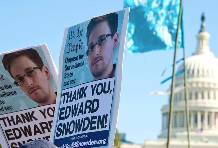 Почитати на вихідних: лінзи з камерами, авто Ford без водія і гудбай, Сноуден