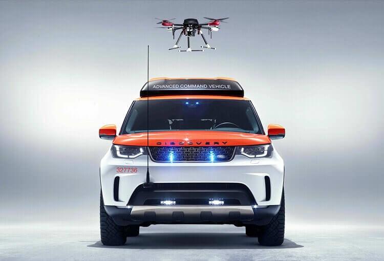 Land Rover випустив позашляховик із дроном для Червоного Хреста