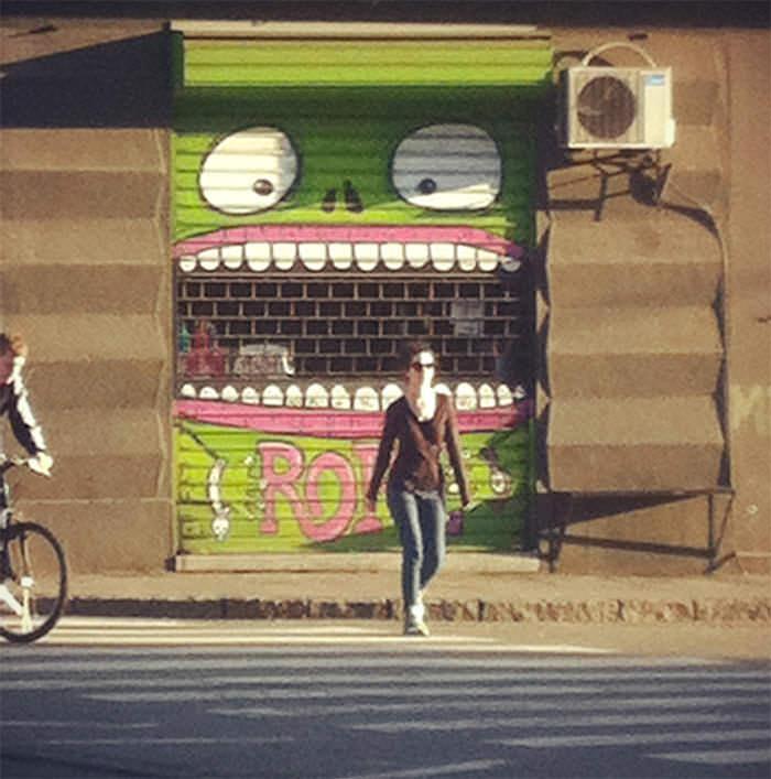 графити зубы