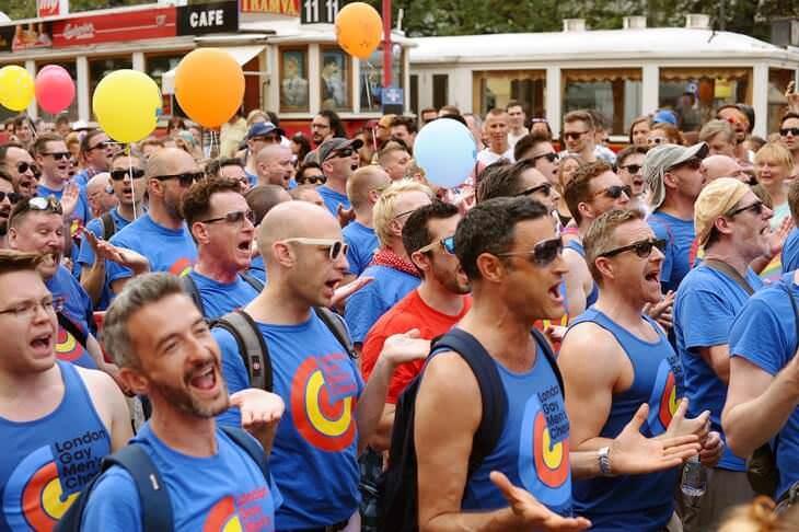 гей-парад Прага 4335