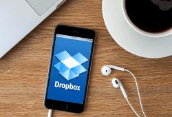 Технології Dropbox випадково відновив файли, видалені 7 років назад Dropbox безпека Хмарні сховища