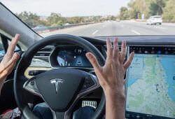 Життя Як сучасні технології змінюють світ автомобліьних перевезень uber сша у світі