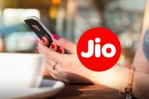 Технології Як 100 млн абонентів підключились до нового індійського оператора всього за півроку Індія мобільний зв'язок новина