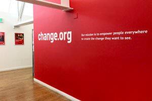 Життя Нова форма демократії. Change.org отримає 30 млн $ інвестицій linkedin новина