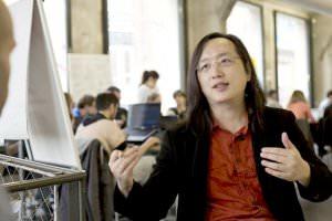 Життя Міністр майбутнього. Як трансґендер-програміст будує технологічне майбутнє Тайваню Тайвань у світі
