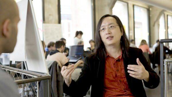Міністр майбутнього. Як трансґендер-програміст будує технологічне майбутнє Тайваню