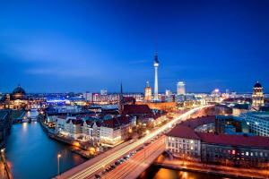 Технології У Німеччині побудують найбільшу в світі проточну батарею місткістю 700 МВт/год енергетика німеччина новина у світі