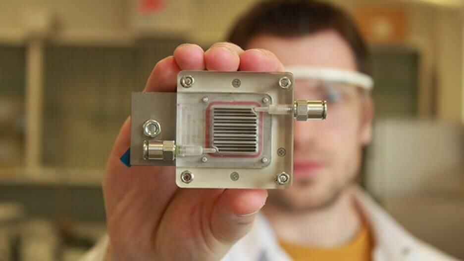 У Бельгії винайшли пристрій, який очищує забруднене повітря і перетворює його на водень