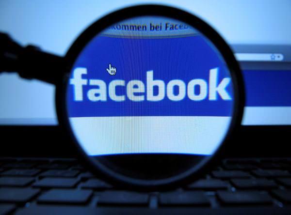 У вашому Facebook з'являться пости місцевих політиків, навіть якщо ви на них не підписані