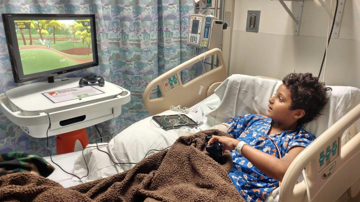 В лікарнях США встановили ігрові консолі, що дозволять дітям грати, лежачи у ліжку