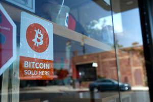 Інтернет До кінця вересня Bitcoin в Україні отримає правовий статус bitcoin криптовалюти новина україна