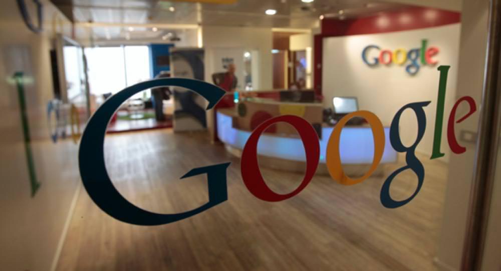 «Поки ви гуглите російською, Крим для вас буде російським», — директор філіалу Google Дмитро Шоломко