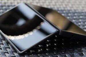 Технології ZTE презентує розкладний смартфон із двома екранами мобільний зв'язок новина смартфони сша