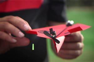 Технології Розробник паперового літачка, яким можна керувати через смартфон, зібрав на Kickstarter 1,7 млн замість 25 тис. $ Kickstarter новина сша