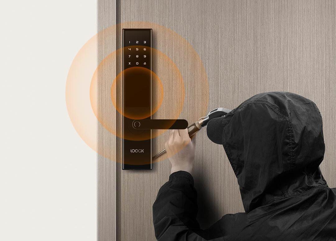 Xiaomi розробила «розумний» замок, який можна відчинити за допомогою відбитка пальця