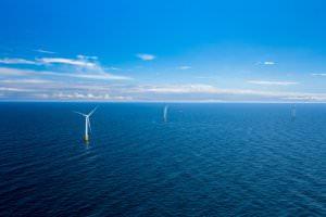 Технології Біля берегів Шотландії з'явилася перша в світі плавуча вітроелектростанція екологія енергетика європа новина шотландія