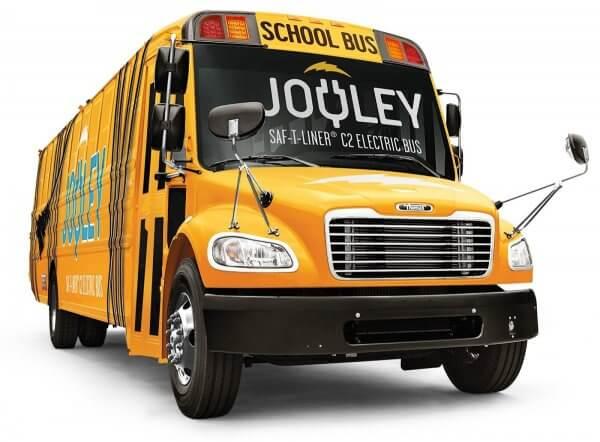 Daimler презентував шкільний електробус, розрахований на 81 пасажира із запасом ходу 160 км