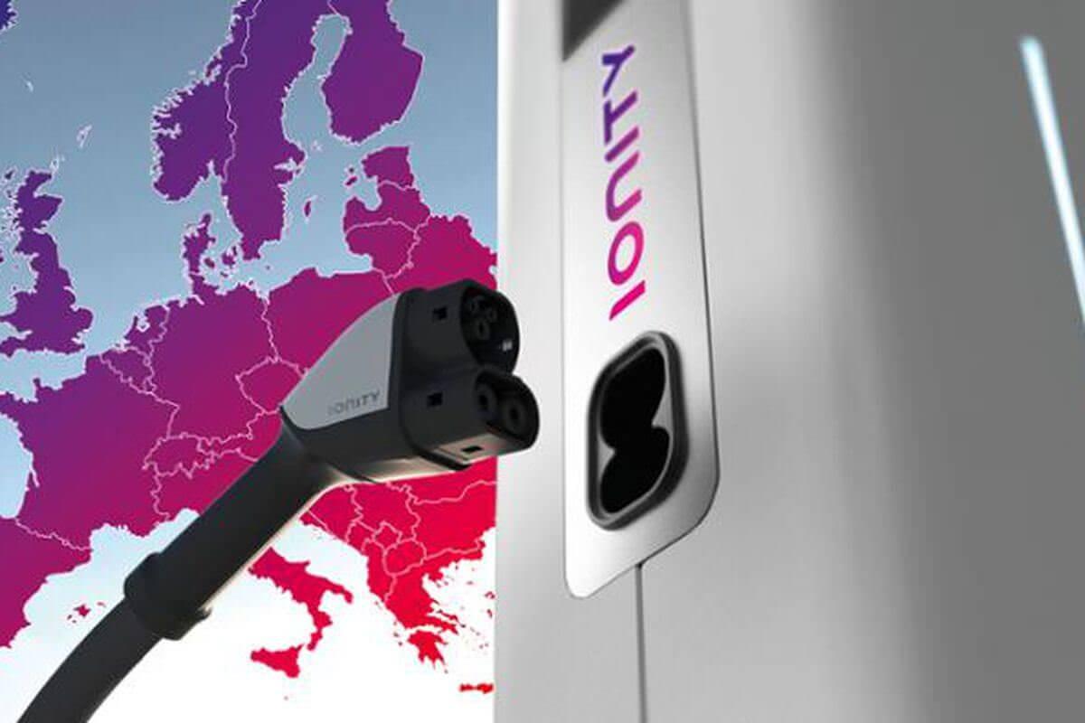 У Європі запустять мережу з 400 зарядних станцій для електрокарів
