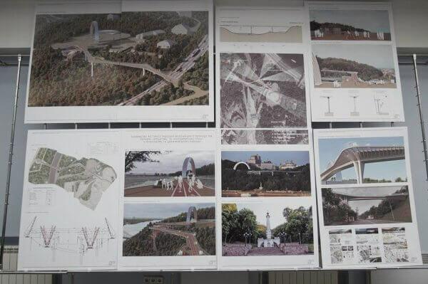 У Києві збудують міст із підігрівом та освітленням на сонячних батареях