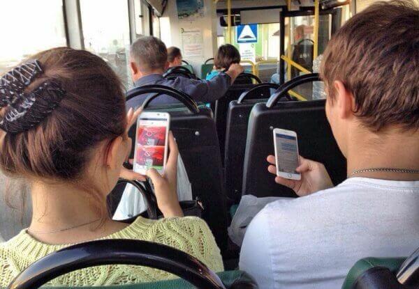 У деяких трамваях та автобусах Києва з'явився безкоштовний Wi-Fi