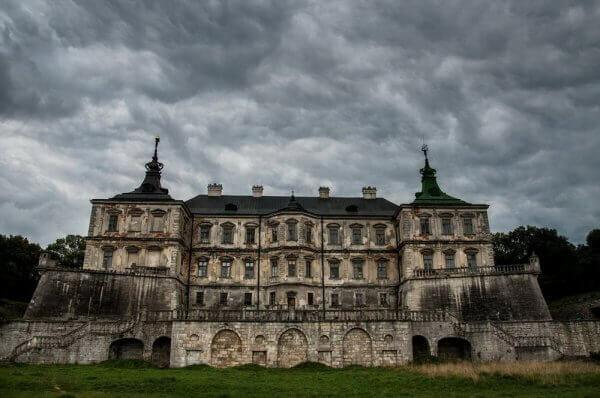 Волонтери за два тижні зібрали гроші на реставрацію Підгорецького замку