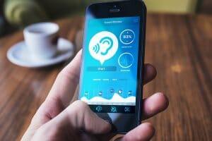Технології Українці створили унікальний додаток, що дозволяє спілкуватись людям із вадами слуху додатки зроблено в Україні новина смартфони у світі україна