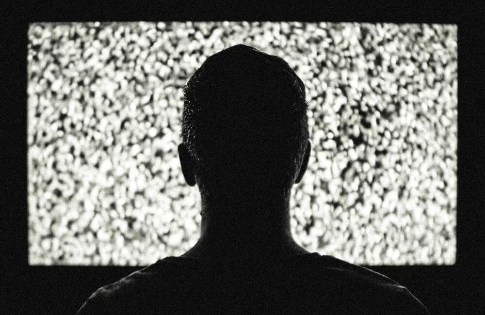 Чому ваш телевізор треба викинути на смітник просто зараз