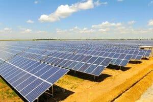 Життя Литовці будують на Херсонщині нову сонячну електростанцію енергетика Литва новина СЕС сонячні батареї україна херсон