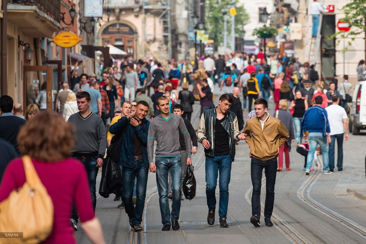 Мобільні оператори нададуть Мінекономрозвитку дані про переміщення туристів Україною