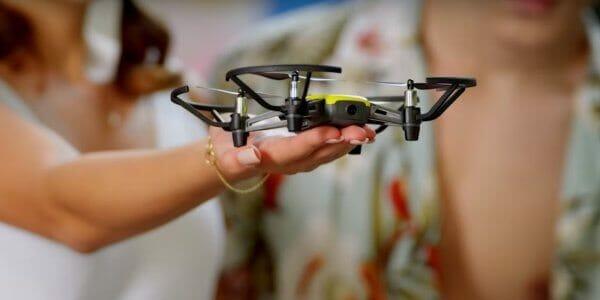 Американці створили дрон для дітей, що важить 80 грам