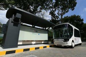 Технології У Франції створили електробус, який заряджається за 20 секунд Автобус електромобіль новина Сінгапур транспорт франція