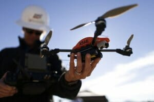 Життя В Україні почнуть безкоштовно навчати «операторів дрона», першими студентами стануть ветерани АТО ато дрон Київ новина україна