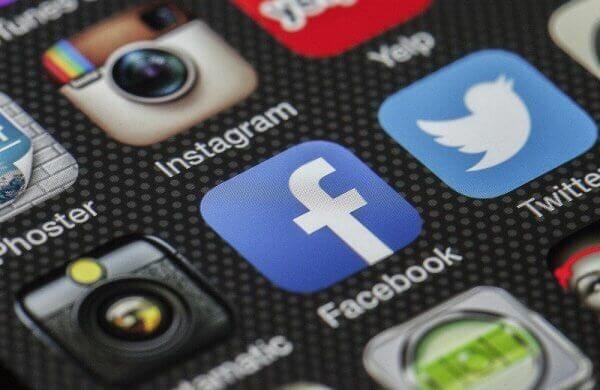 Facebook верифікував більше 30 сторінок українських держустанов і чиновників