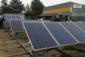 Життя На Закарпатті відкрили першу в Україні майстерню з виготовлення сонячних колекторів енергетикаЗакарпаттязроблено в Україніновинасонячні батареїужгородукраїна