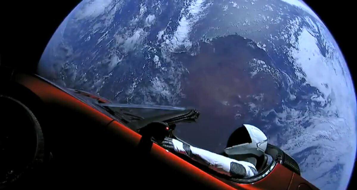 Орбіта Falcon Heavy із електрокаром Маска перетнулась із орбітою Марса