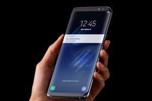 Технології Samsung представив нові флагманські моделі Galaxy S9 та S9+ samsung смартфони