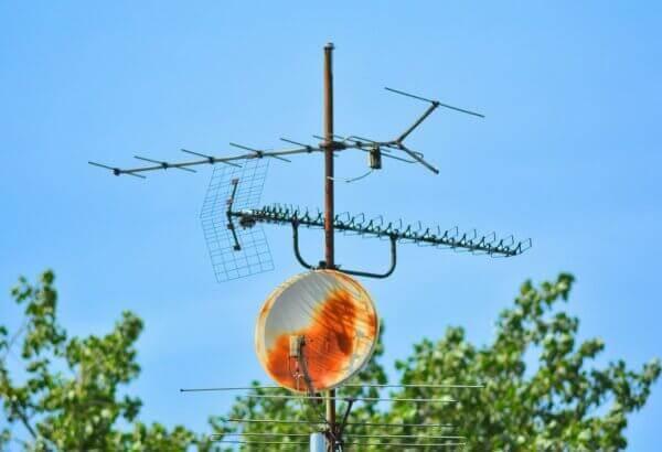 У липні в Україні почнуть вимикати аналогове телебачення