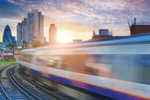 Технології У Британії потяги можуть перейти на живлення від сонячних панелей британія енергетика новина транспорт