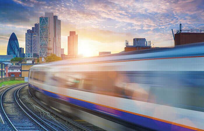 У Британії потяги можуть перейти на живлення від сонячних панелей
