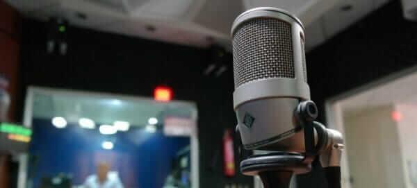 Китайська програма навчилась міняти акцент для записаного голосу і робити голос чоловічим або жіночим
