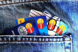 Життя Як банки без відділень захоплюють світ Monobank гроші німеччина у світі україна