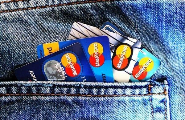 Як банки без відділень захоплюють світ