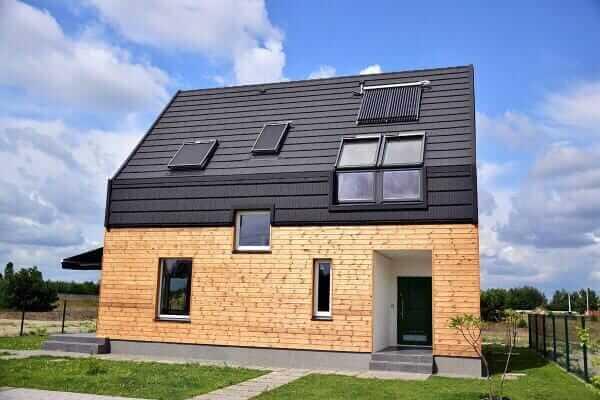Як білоруський архітектор будує в Україні енергозберігальні будинки