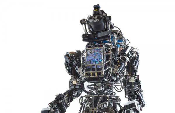 Ілон Маск вважає штучний інтелект найбільшою загрозою для людства
