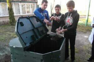 Життя 200 українських шкіл будуть компостувати відходи з їдалень екологія Київ новина україна