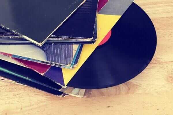 2017 року американці купили більше дисків та платівок, ніж цифрової музики