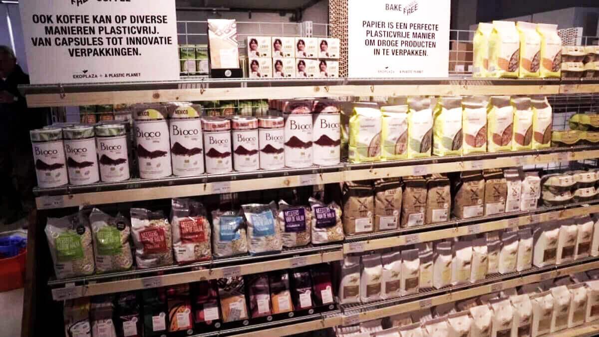 У Нідерландах відкрили перший в світі магазин без пластикових упаковок