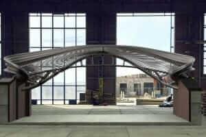 Технології У Голландії вперше в світі на 3D-принтері надрукували пішоходний міст 3d нідерланди новина
