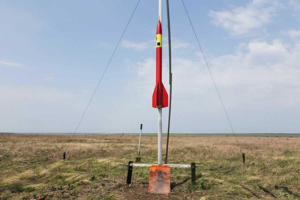 У Дніпрі студенти запустили першу в Україні тестову ракету