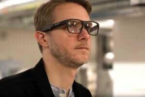 Життя Intel зупинила розробку «розумних» окулярів Vaunt Intel новина сша